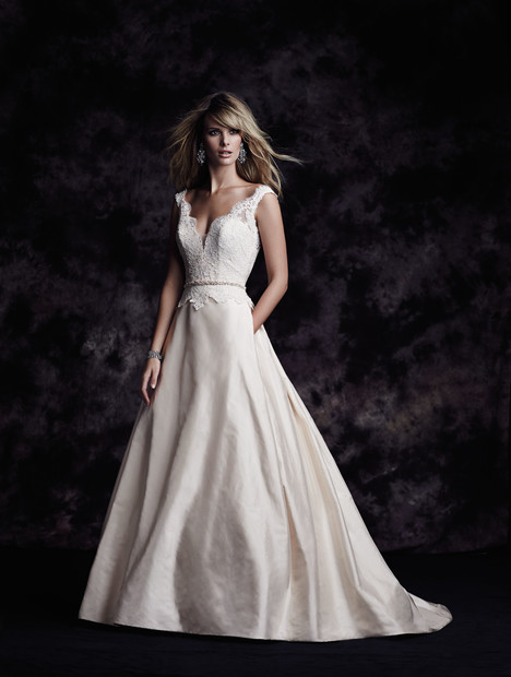 4613 gown from the 2015 Paloma Blanca collection, as seen on dressfinder.ca