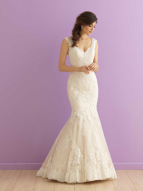 #2913 gown from the 2016 Allure Romance collection, as seen on dressfinder.ca