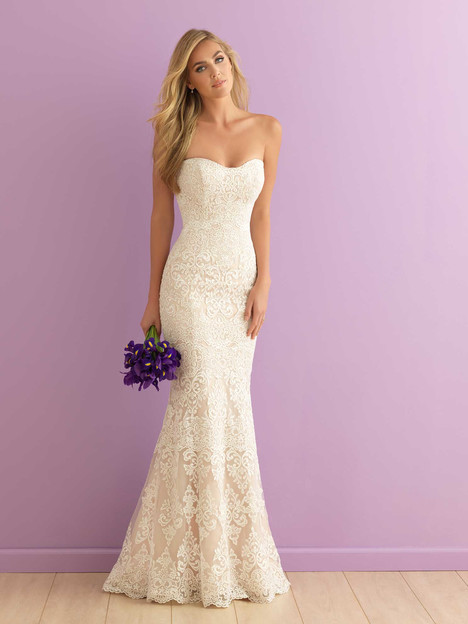 2903 gown from the 2016 Allure Bridals : Allure Romance collection, as seen on dressfinder.ca