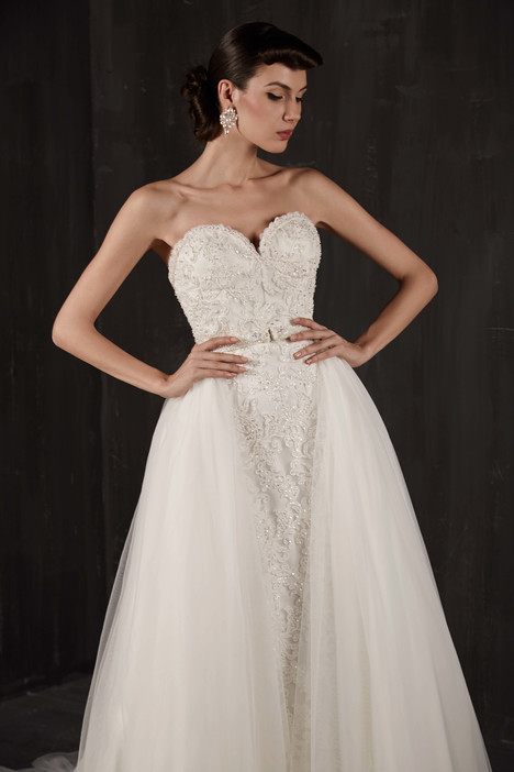 #16128 gown from the 2016 Calla Blanche collection, as seen on dressfinder.ca