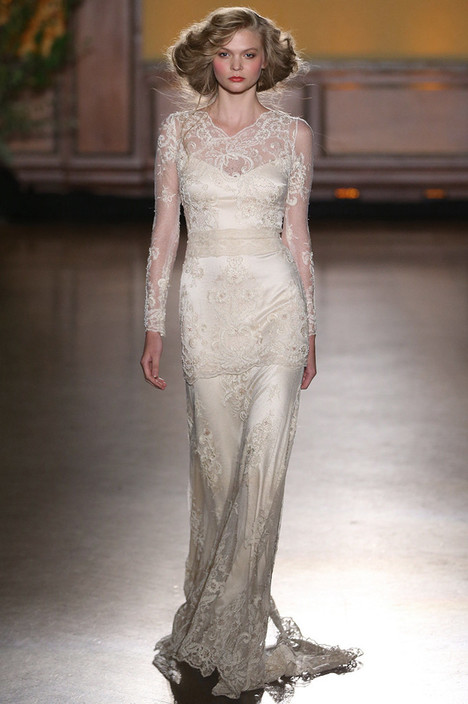 Pearle gown from the 2016 Claire Pettibone: Romantique collection, as seen on dressfinder.ca