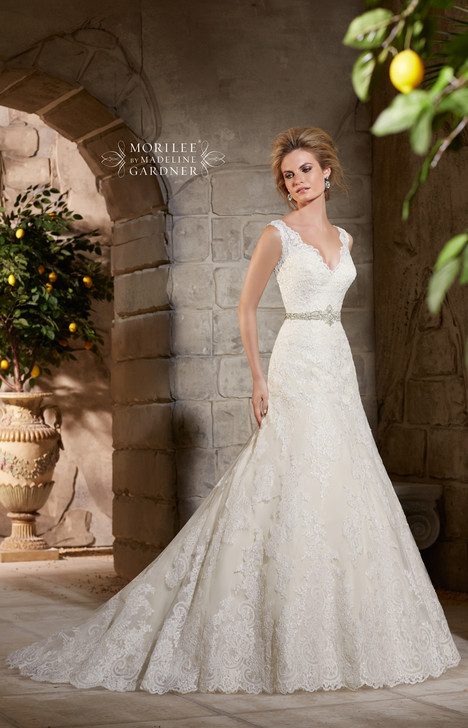 2783 gown from the 2015 Mori Lee: Bridal collection, as seen on dressfinder.ca