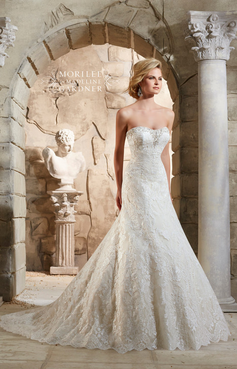 2784 gown from the 2015 Mori Lee: Bridal collection, as seen on dressfinder.ca