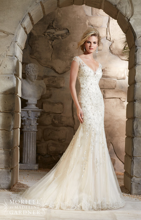 2788 gown from the 2015 Mori Lee: Bridal collection, as seen on dressfinder.ca