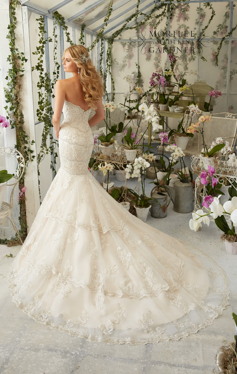 2801 (back) gown from the 2016 Mori Lee: Bridal collection, as seen on dressfinder.ca