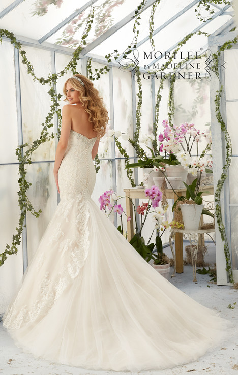 #2804 (back) gown from the 2016 Morilee Bridal collection, as seen on dressfinder.ca