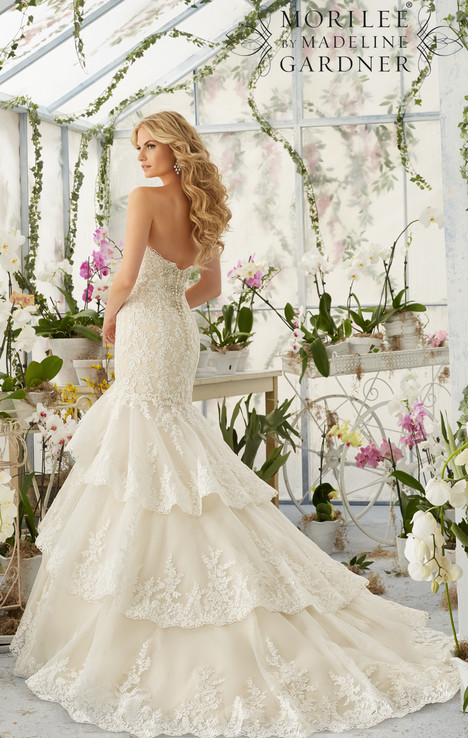 2810 (back) gown from the 2016 Mori Lee: Bridal collection, as seen on dressfinder.ca