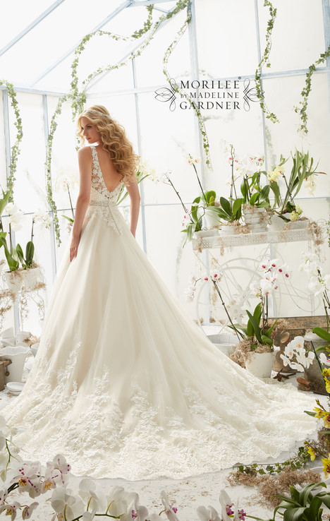 2821 (back) gown from the 2016 Mori Lee: Bridal collection, as seen on dressfinder.ca