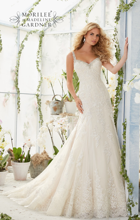 2822 gown from the 2016 Morilee Bridal collection, as seen on dressfinder.ca