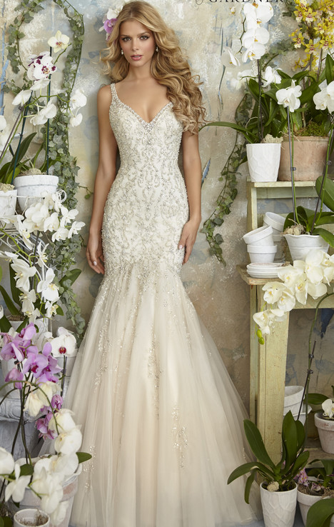 2823 (2) gown from the 2016 Morilee Bridal collection, as seen on dressfinder.ca