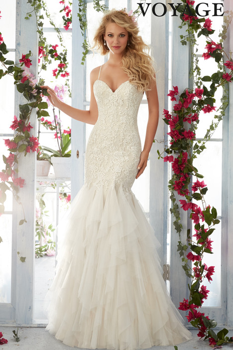6813 gown from the 2016 Mori Lee: Voyage collection, as seen on dressfinder.ca