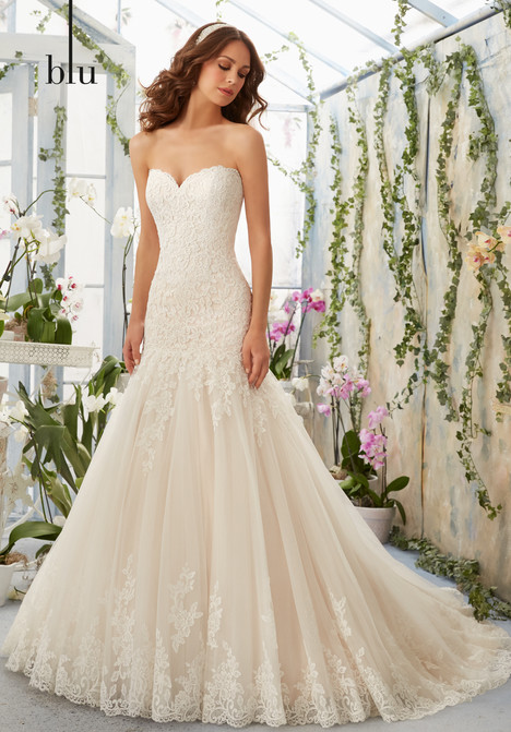 5402 gown from the 2016 Mori Lee: Blu collection, as seen on dressfinder.ca