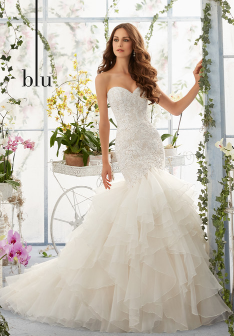 5409 gown from the 2016 Mori Lee: Blu collection, as seen on dressfinder.ca