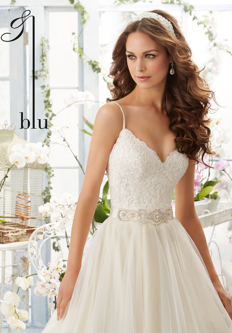 5416 gown from the 2016 Mori Lee: Blu collection, as seen on dressfinder.ca