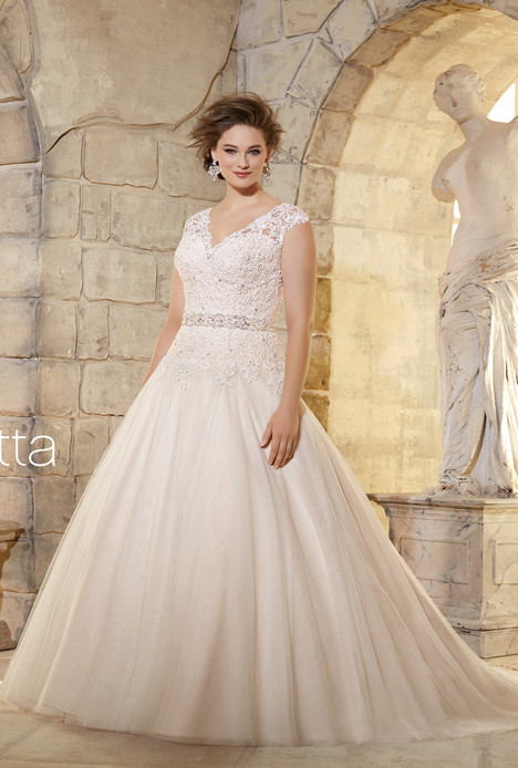 3181 gown from the 2015 Mori Lee: Julietta collection, as seen on dressfinder.ca
