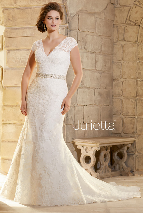 3183 (back) gown from the 2015 Mori Lee: Julietta collection, as seen on dressfinder.ca