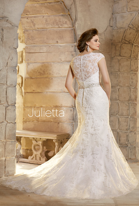 3183 (2) gown from the 2015 Mori Lee: Julietta collection, as seen on dressfinder.ca