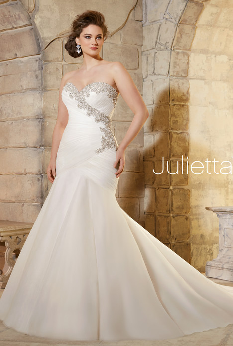 3187 gown from the 2015 Mori Lee: Julietta collection, as seen on dressfinder.ca