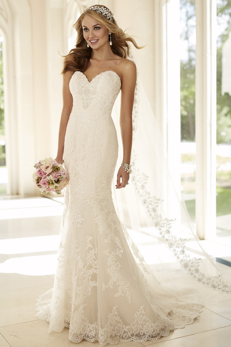 6220 gown from the 2016 Stella York collection, as seen on dressfinder.ca