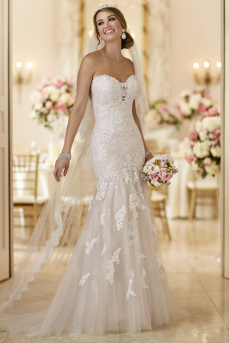 6257 gown from the 2016 Stella York collection, as seen on dressfinder.ca