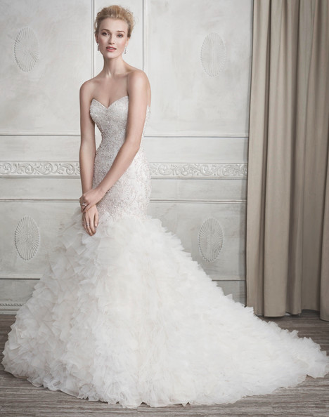 1689 gown from the 2017 Kenneth Winston collection, as seen on dressfinder.ca