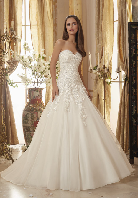5470 gown from the 2016 Mori Lee: Blu collection, as seen on dressfinder.ca