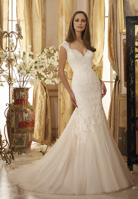 5472 gown from the 2016 Mori Lee: Blu collection, as seen on dressfinder.ca