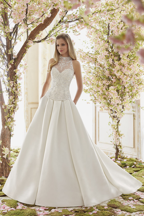 6841 + 6844 gown from the 2016 Mori Lee: Voyage collection, as seen on dressfinder.ca