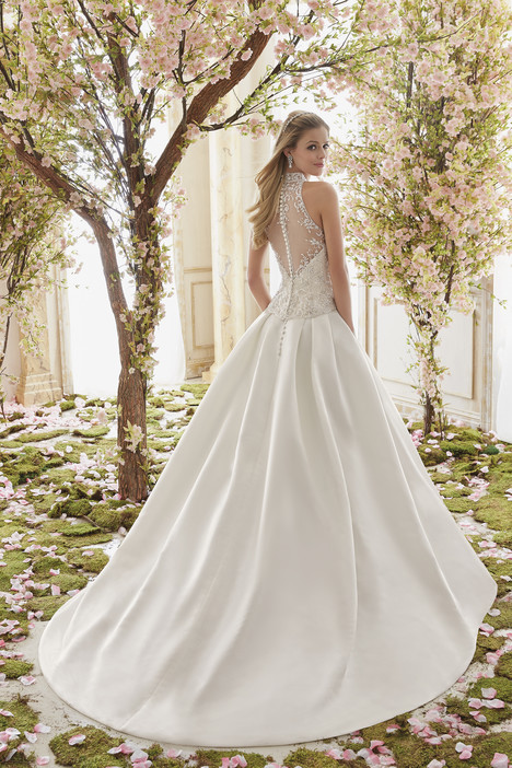 6841 + 6844 (back) gown from the 2016 Mori Lee: Voyage collection, as seen on dressfinder.ca