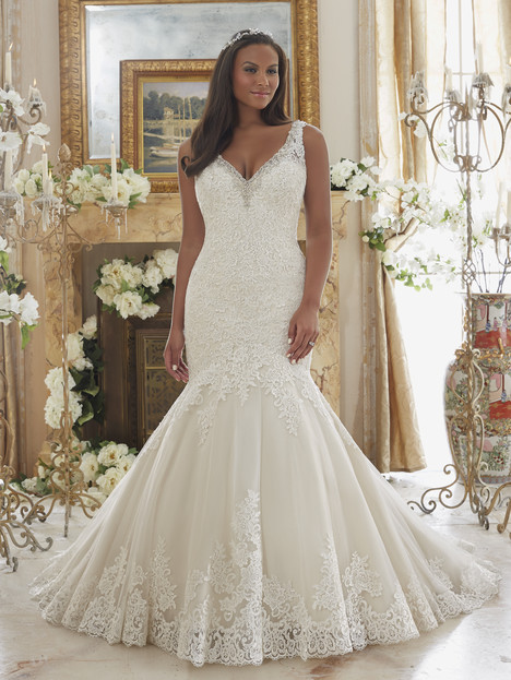 3204 gown from the 2016 Morilee Julietta collection, as seen on dressfinder.ca