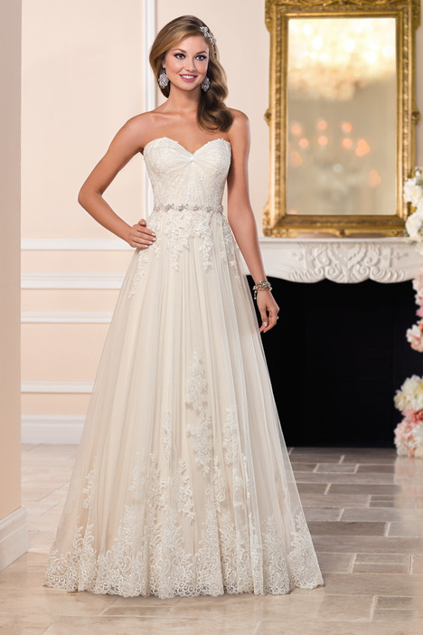 6210 gown from the 2016 Stella York collection, as seen on dressfinder.ca
