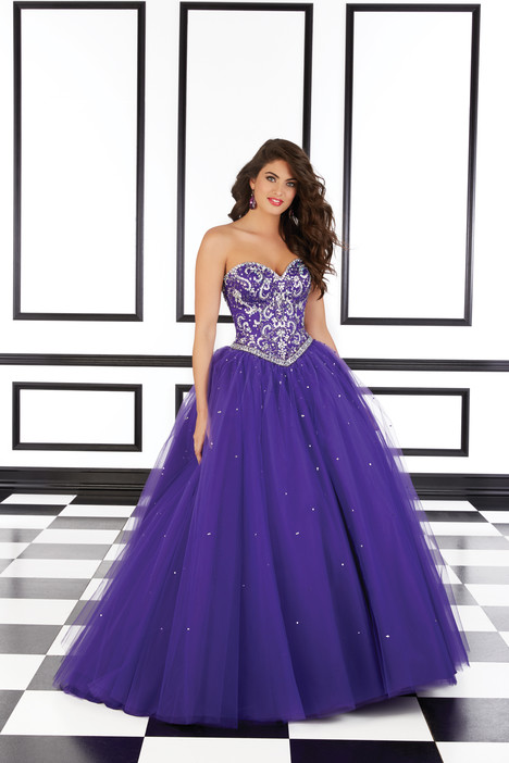 98603 (purple) gown from the 2016 Mori Lee Prom collection, as seen on dressfinder.ca