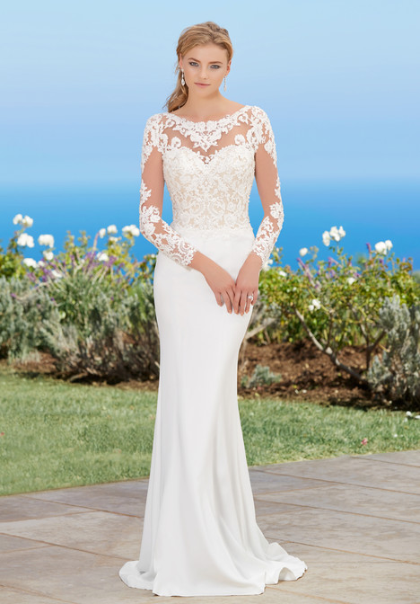 Lorraine (H1756) gown from the 2017 KittyChen collection, as seen on dressfinder.ca