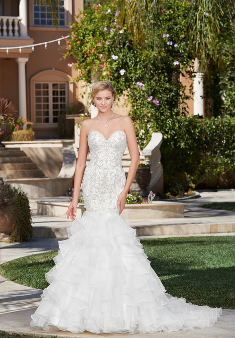 Suzanne (K1753) gown from the 2017 KittyChen Couture collection, as seen on dressfinder.ca