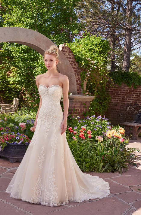 Vernice gown from the 2017 Rebecca Ingram collection, as seen on dressfinder.ca