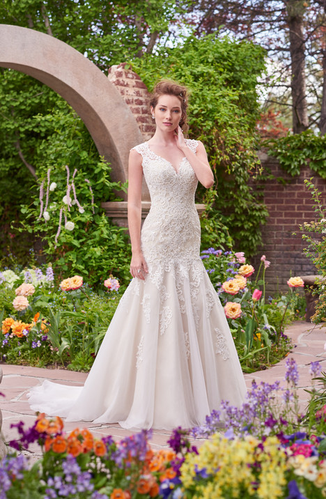 Victoria gown from the 2017 Rebecca Ingram collection, as seen on dressfinder.ca