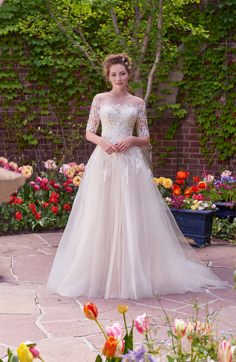 Yvonne gown from the 2017 Rebecca Ingram collection, as seen on dressfinder.ca