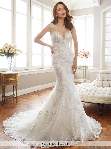 Monaco (Y11712) gown from the 2017 Sophia Tolli collection, as seen on dressfinder.ca