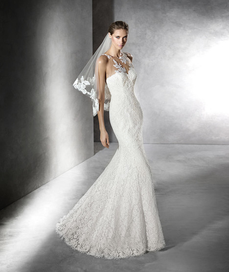 Praci gown from the 2016 Pronovias collection, as seen on dressfinder.ca