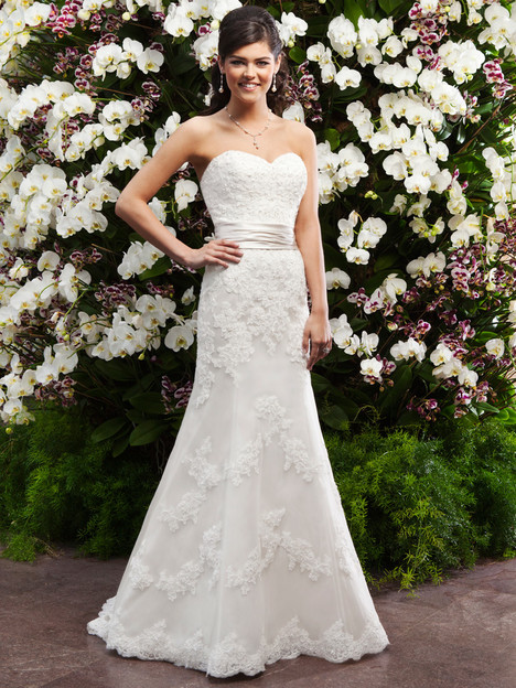 #3722 gown from the 2014 Sincerity collection, as seen on dressfinder.ca