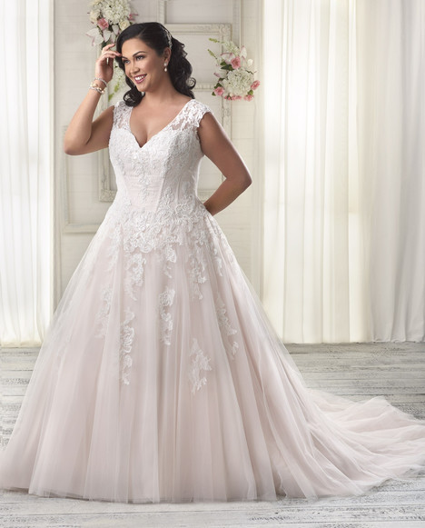 1605 gown from the 2016 Bonny Bridal collection, as seen on dressfinder.ca