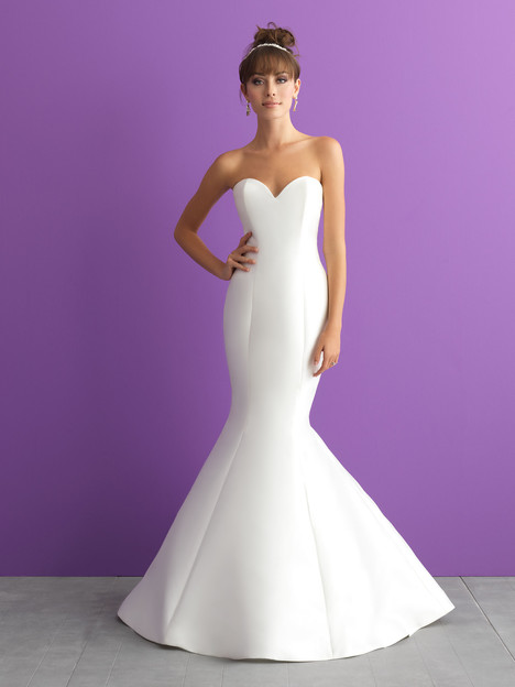 3000 (Dress Only) gown from the 2017 Allure Romance collection, as seen on dressfinder.ca