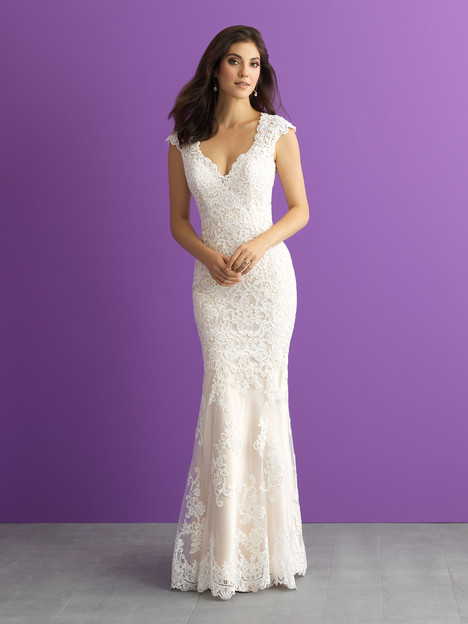 3009 gown from the 2017 Allure Romance collection, as seen on dressfinder.ca