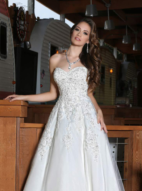 50292 gown from the 2015 DaVinci collection, as seen on dressfinder.ca