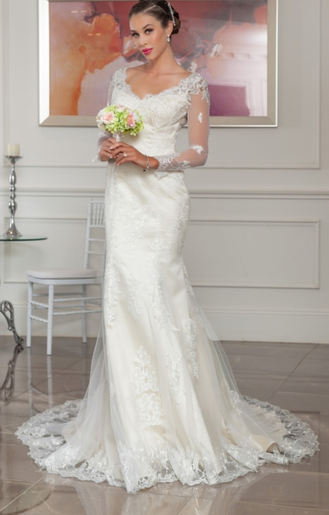 1117 gown from the 2016 Christina Rossi collection, as seen on dressfinder.ca