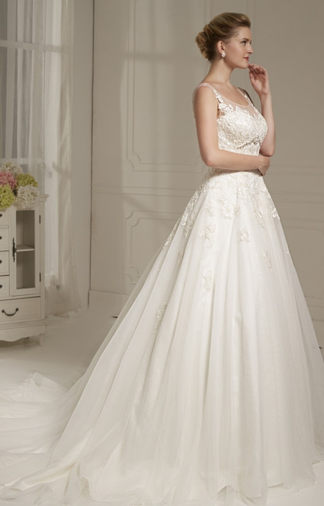 4211 gown from the 2016 Christina Rossi collection, as seen on dressfinder.ca