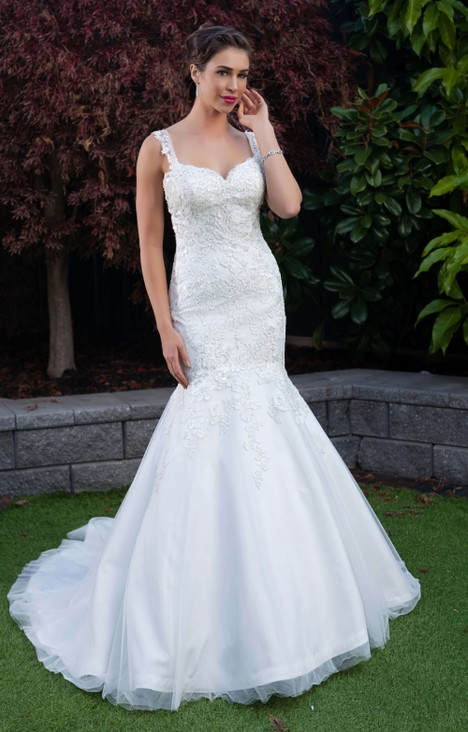 4237 gown from the 2016 Christina Rossi collection, as seen on dressfinder.ca