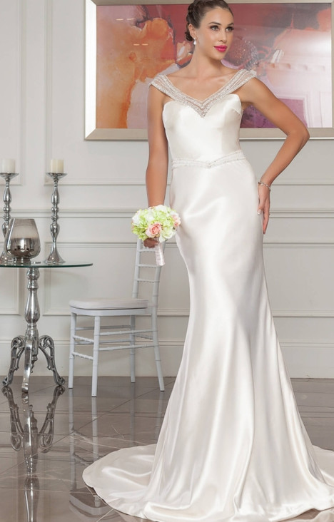 4252 gown from the 2016 Christina Rossi collection, as seen on dressfinder.ca