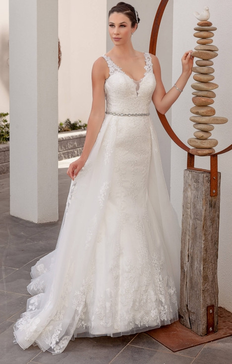 4255 gown from the 2016 Christina Rossi collection, as seen on dressfinder.ca