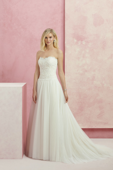 Patience (Bl217) gown from the 2017 Beloved By Casablanca collection, as seen on dressfinder.ca